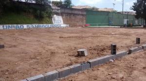 Local onde serão construídas as quadras de tênis